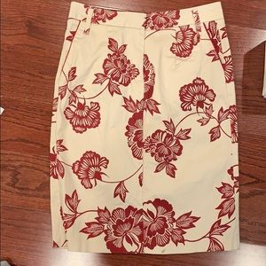 🌸4 for $15🌸 Floral pencil skirt